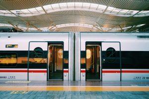 Jak dojechać do Kielc? Mamy wiele możliwości, np. pociąg